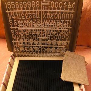 Other - Black felt letter board